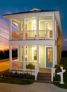 Looks like a fancy shotgun house, but I like it. The Glen ... on