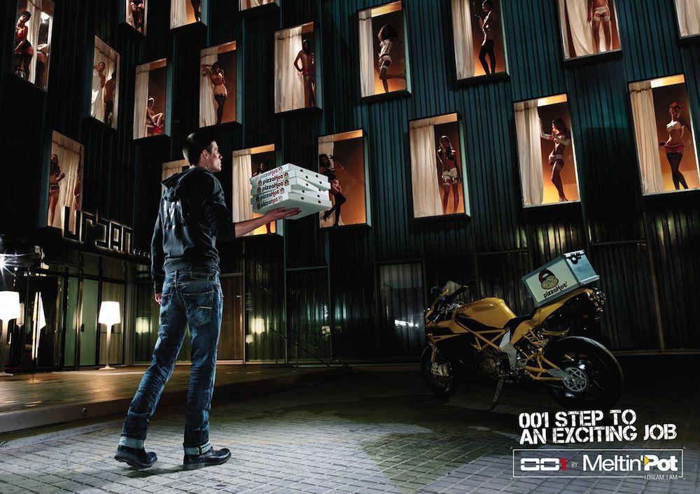 Nice but deceiving print ad :)