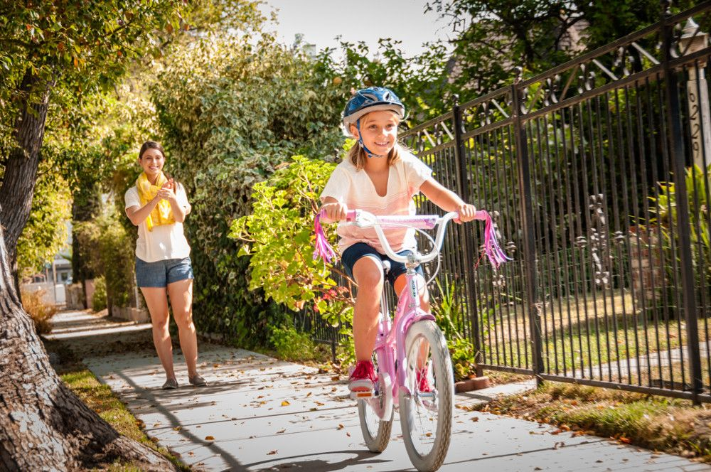8 Tips For Teaching Your Child To Ride A Bike Without Training