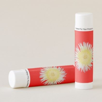 White flower lip balm mightylinksfo Choice Image
