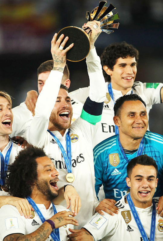 Real Madrid 2018 Fifa Club World Cup Winners Club World Cup World Cup Trophy Sergio Ramos