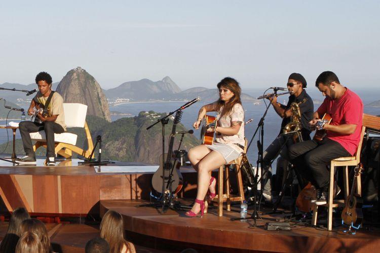 Natiruts Grava Novo Dvd Acustico No Rio De Janeiro Con Imagenes