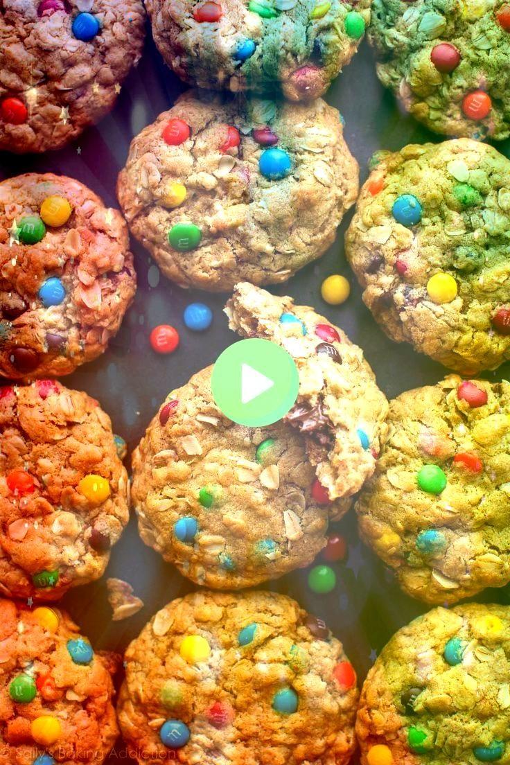 Monster Cookies mit einer Reese Erdnussbutter Tasse im Inneren  Rezi   Cookies Erdnussbutter Monster Cookies mit einer Reese Erdnussbutter Tasse im Inneren  Rezi   Cookie...
