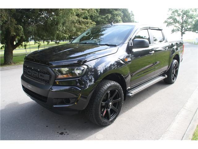 ford ranger 3 2l xl 4x2 manual custom edition 2015 trade. Black Bedroom Furniture Sets. Home Design Ideas