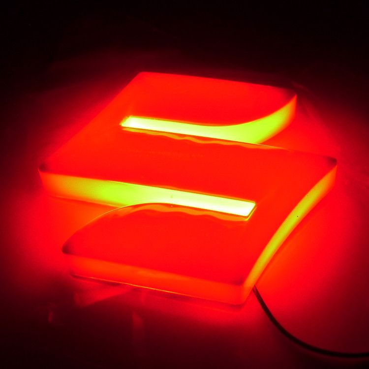 Aliexpress Com Beli Freeshipping 4d Logo Cahaya Suzuki Belakang Lampu Suzuki Swift Alto Jimny Dipimpin Lambang 4d Suzuki Menyala Lambang Merah Biru Bercahaya