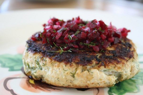Dill Turkey Burgers with Pickled Red Onion and Beet Relish