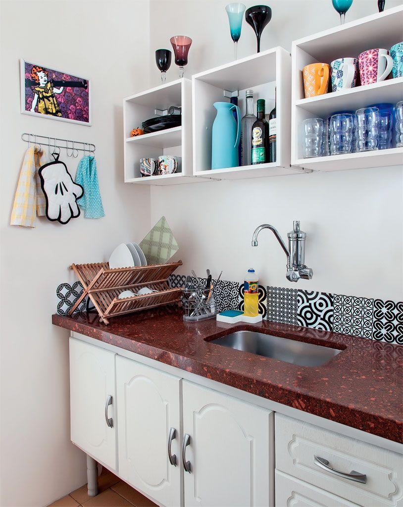 Apartamento pequeno de 46 m2 decorado com economia e bom for Ver apartamentos pequenos