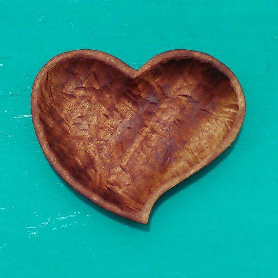 Heart Bowl In African Mahogany Wood Hand Carved By Susanacaban Heart Shaped Bowls Carved Heart Mahogany Wood