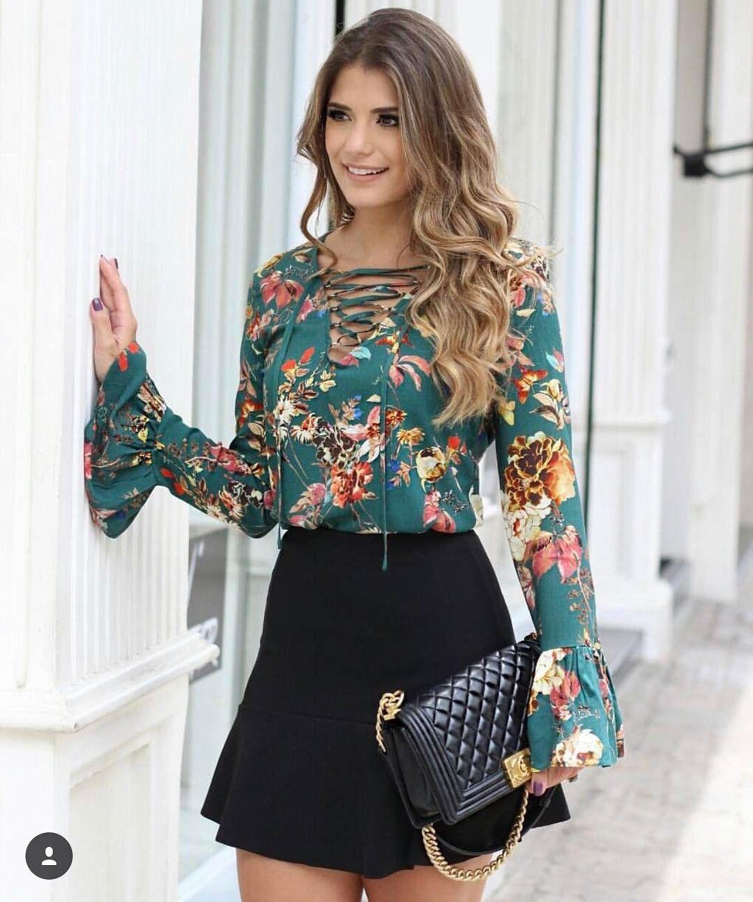 Blusa crepe floral R 139,00 Tam P(38) M(40) G(42) ▷️Site para compras  www.sibellemodas.com.br✓ ▷️Aceitamos todos os cartões de crédito ▷️Cartão  de ... 190c5043c3