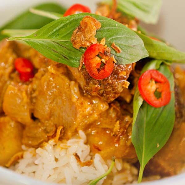 Best Chinese Duck Recipes: Recipe For Red Curry With Roast Duck & Pineapple From