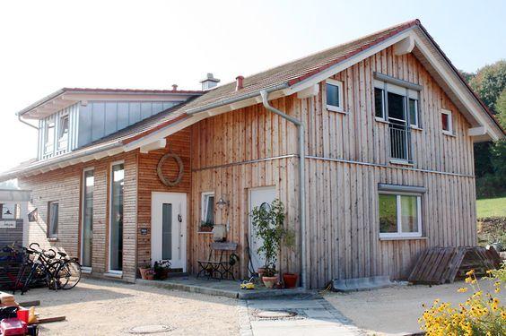 Photo of Tømmerhus Tømmerhus Tømmerkonstruksjon Tømmerfabrikkerte tømmer prefabrikkerte hus Prefabrikkerte …