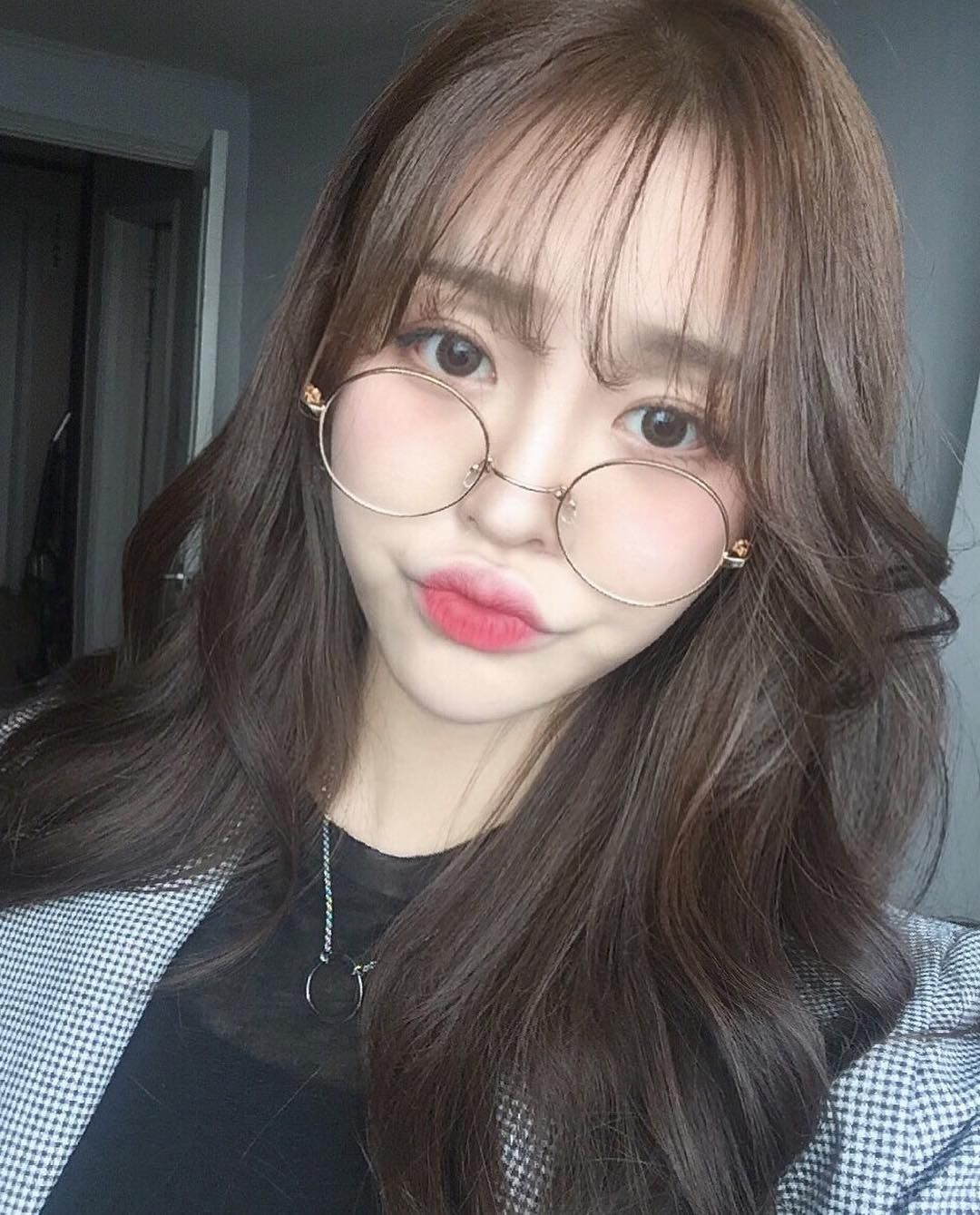 Ulzzang makeup Kbeauty Korean makeup looks+products