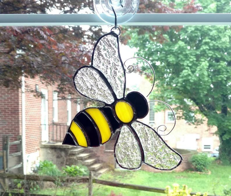 Bumble Bee Stained Glass Suncatcher Glass Bee Honey Bee Garden Art Nature Decor Housewarming Gift Bee Ornament Wine Glass Art Stained Glass Suncatchers Glass Art Sculpture