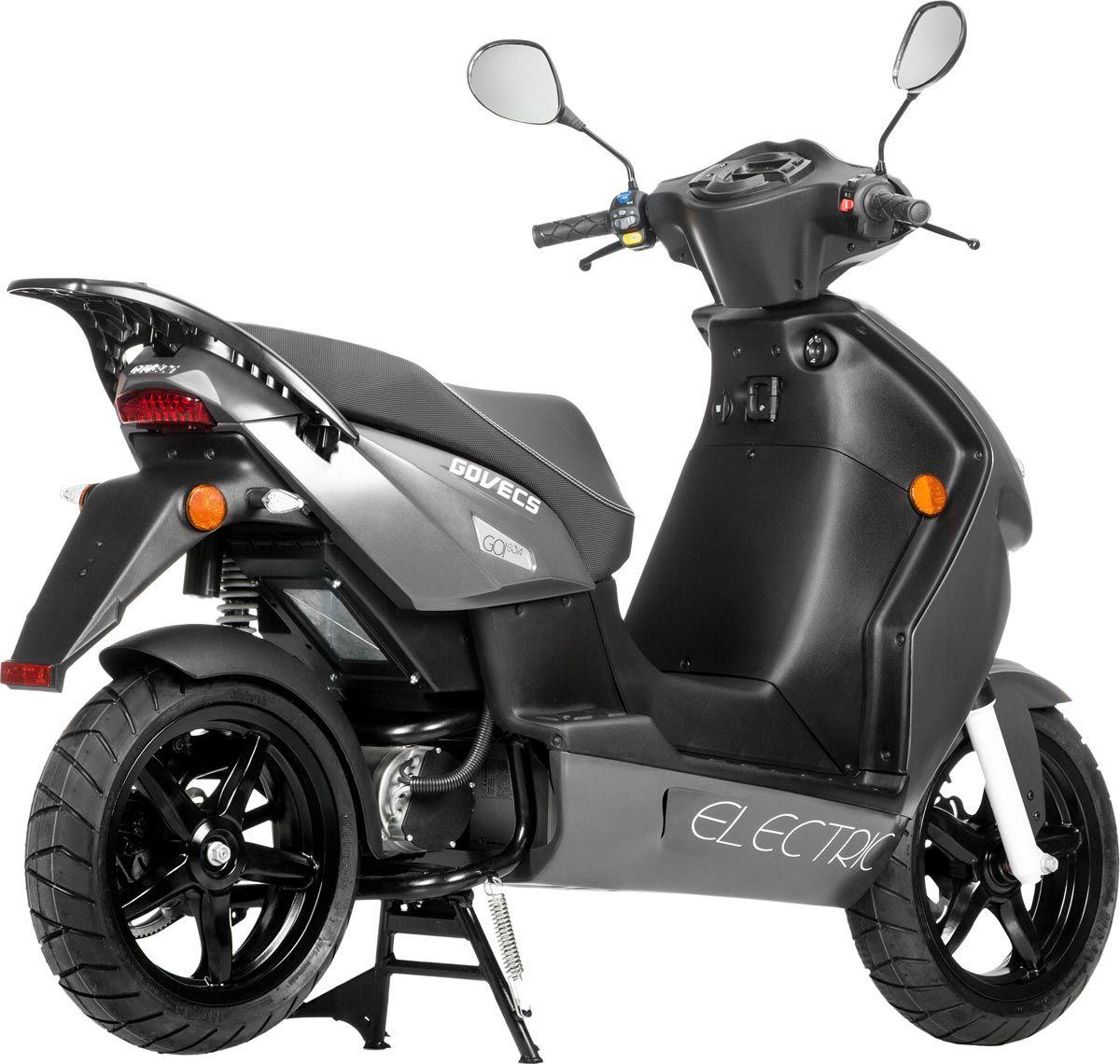Le scooter électrique évolue également côté équipement et partie-cycle