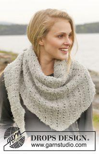 a5e69440563b Knitted DROPS scarf in garter st with lace pattern - Alpaca Bouclé  (sötétszürke