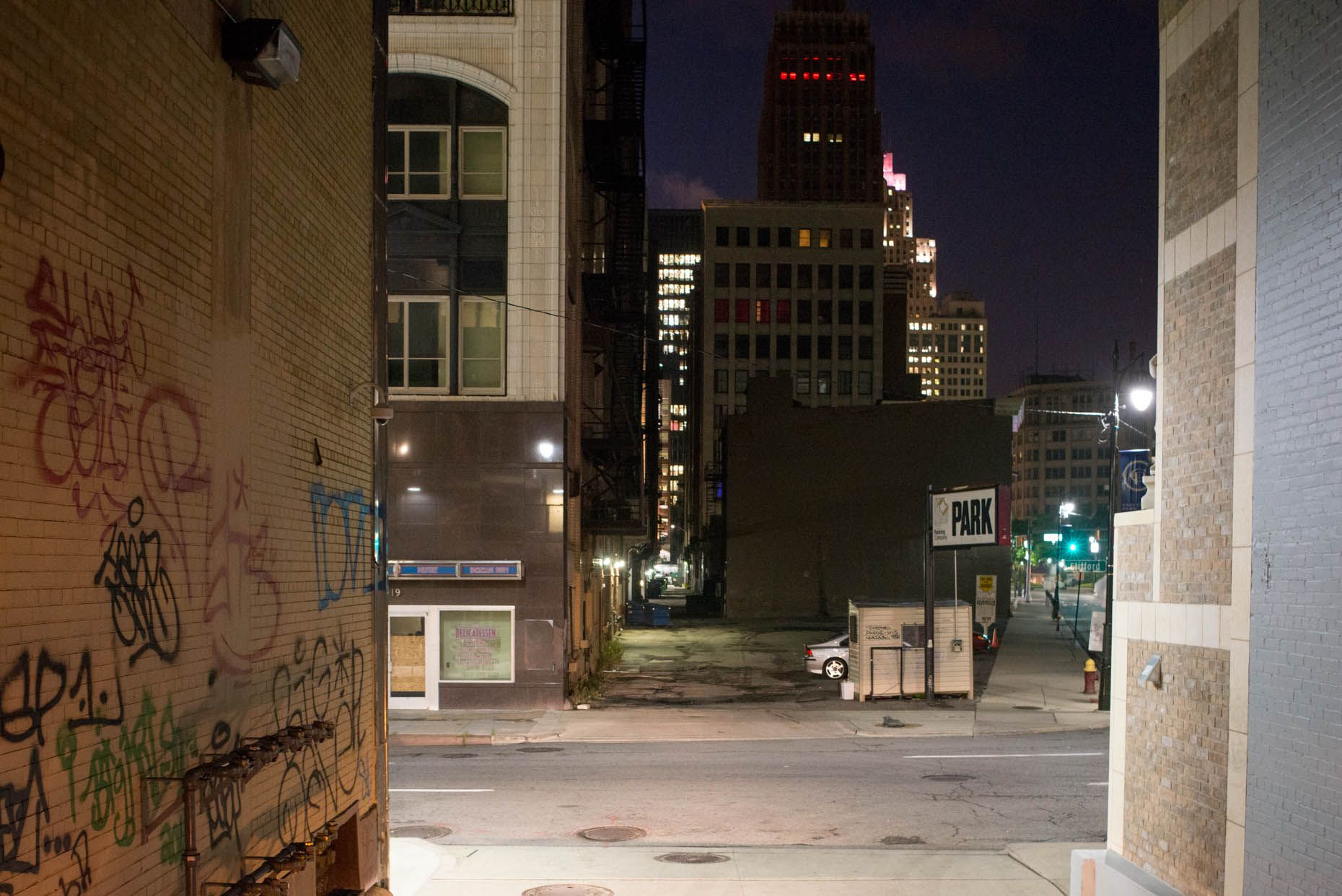 Camilo Jose Vergara Detroit By Night Tracking Time Photographs Urban Decay Going Back To The Same Places Night Photography Detroit Night