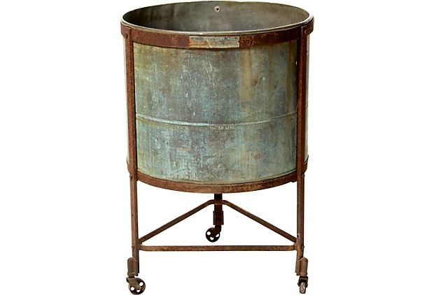 Vintage Copper Washtub I Ve Had Several Copper Wash Tubs But Had Never Seen The Stand They Went In Cool Vintage Laundry Antique Washing Machine Wash Tubs