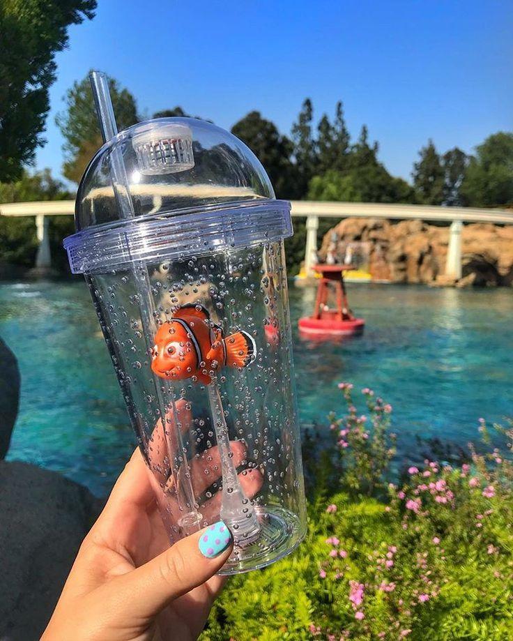 FindOMG das Findet Nemo & Finding Dory Cups sind zu süß! Sie leuchten beide bl ... - Ada Blog #frozenlemonade