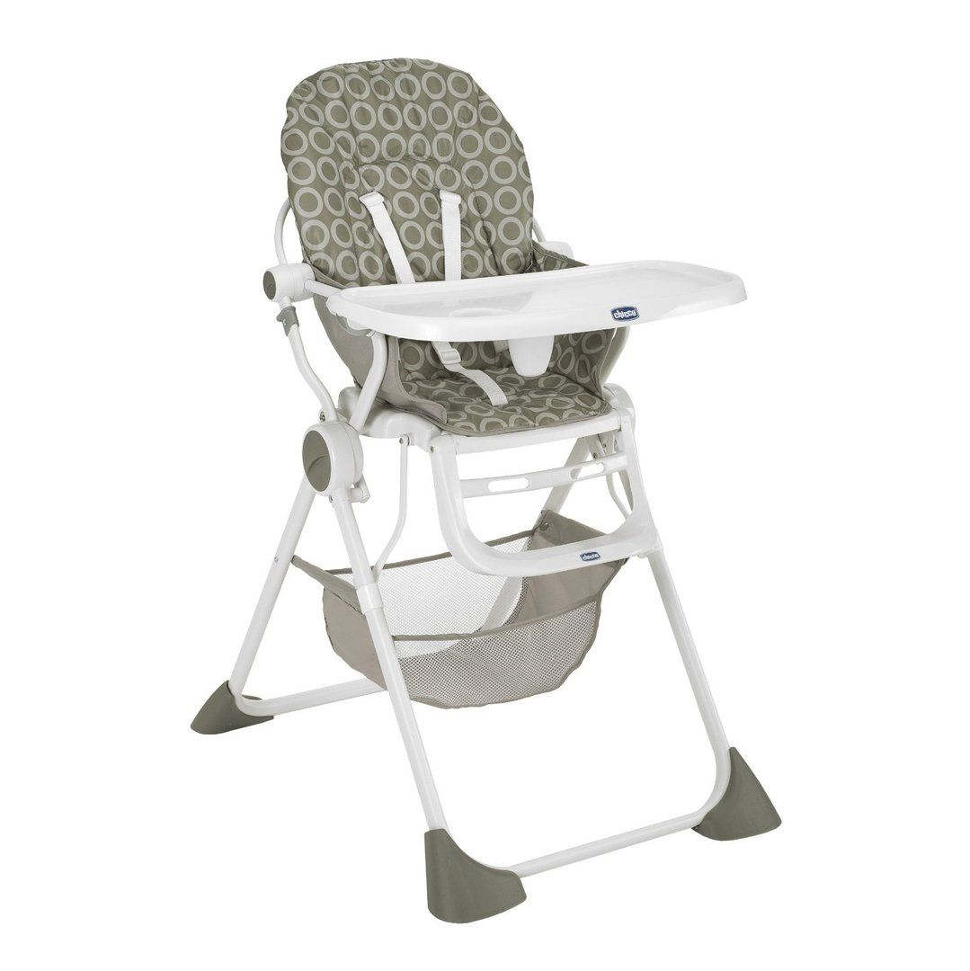 Trona Pocket Lunch. La comida fuera de la casa, de vacaciones, en casa de los abuelos, requiere un poco de organización y llevar muchas cosas. Pocket Lunch es una silla diseñada para aquellos que buscan una trona práctica, robusta y ligera, fácil de transportar y almacenar.  http://lasonrisadelbebe.com/epages/ec7400.sf/es_ES/?ObjectPath=/Shops/ec7400/Products/tronapocketchicco