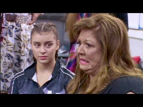 Dance Moms - Abby makes a Rude Comment (Season 6 Episode 31)
