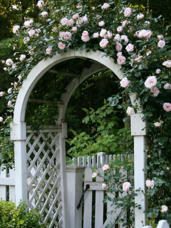 Zauberhafte Rosenbogen im Garten - weiße Rosen Garten - rose aus stein deko