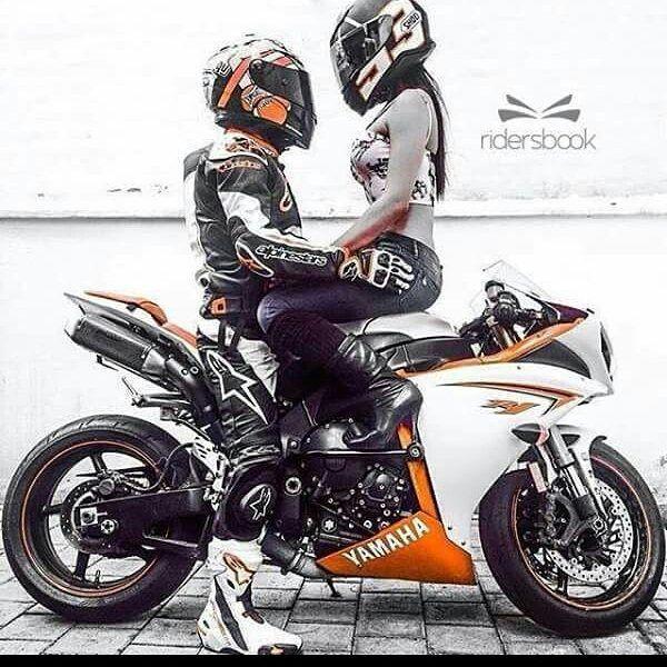 Imagenes De Motos Con Frases De Amor Motocicleta