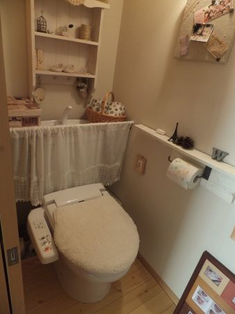 トイレ Diy タンクレス リメイクシート すのこ 100均 タンクレス