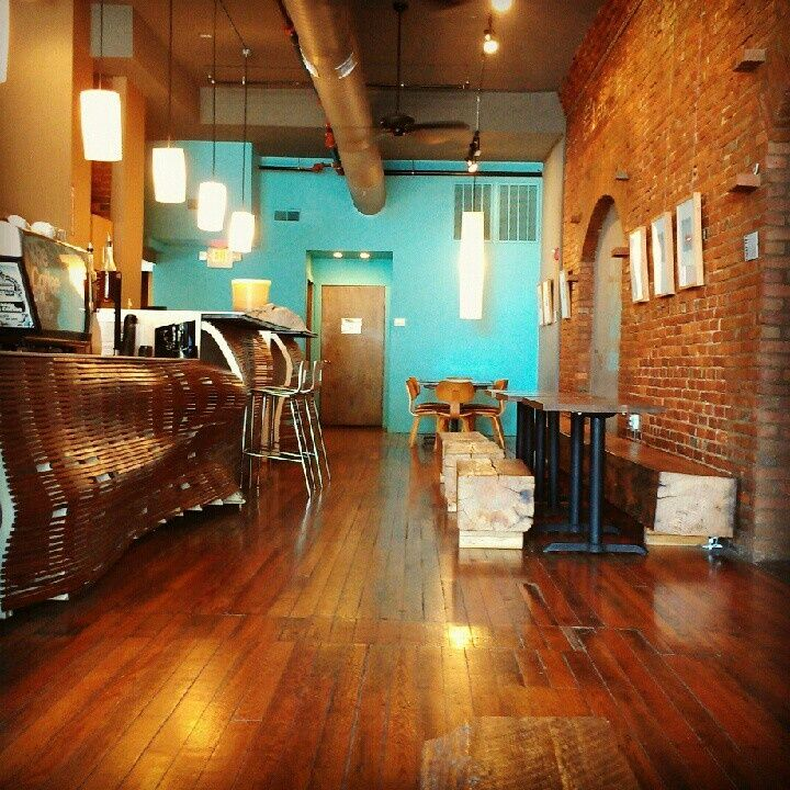 Colors That Accent A Red Brick Wall: Turquoise Accent Wall With Exposed Brick