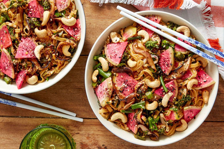 Blue apron wonton noodles - Stir Fried Wonton Noodles With Baby Broccoli Radish
