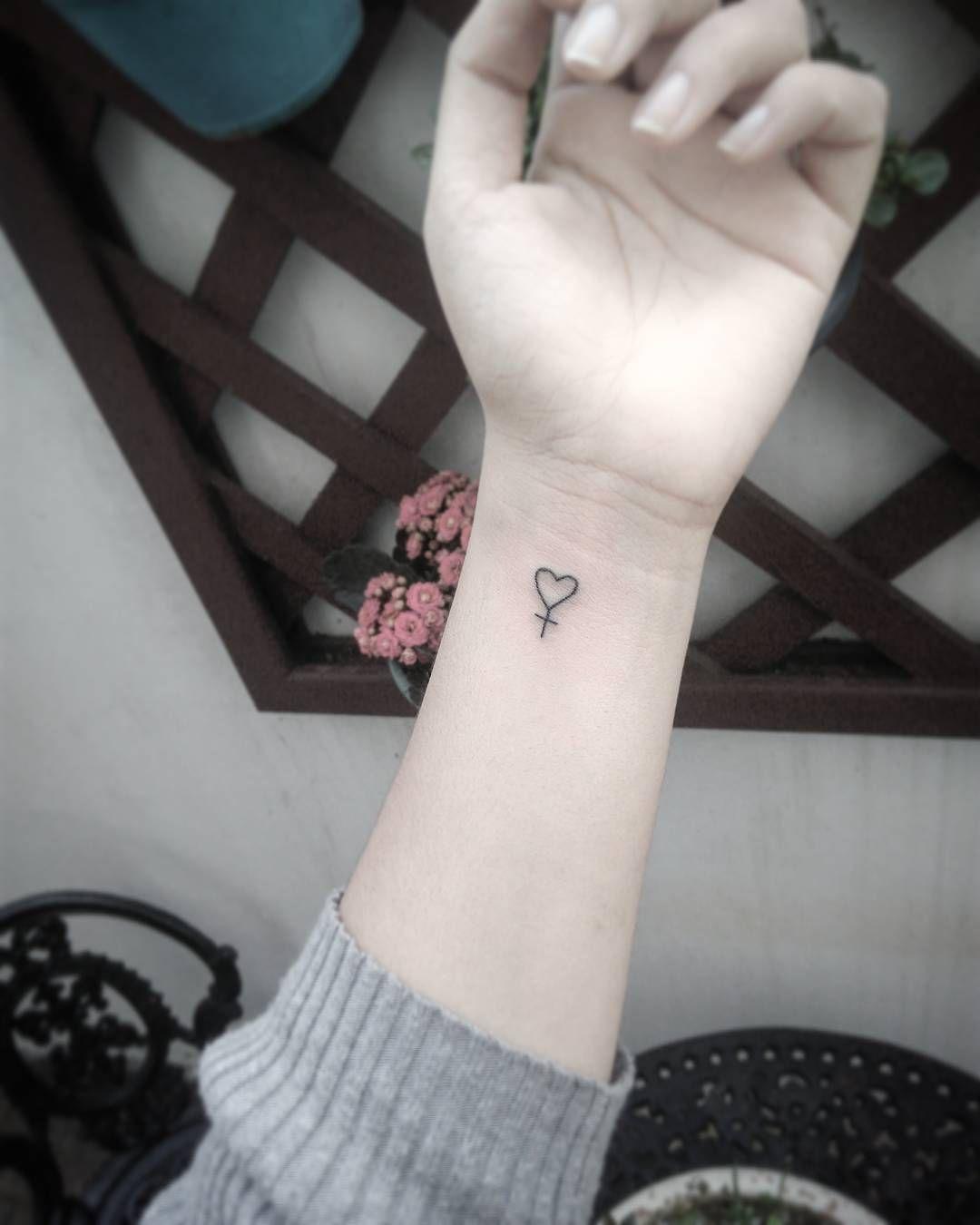 Female Symbol Tattoo Tattoos Feminine Heart Hearttattoo Venus