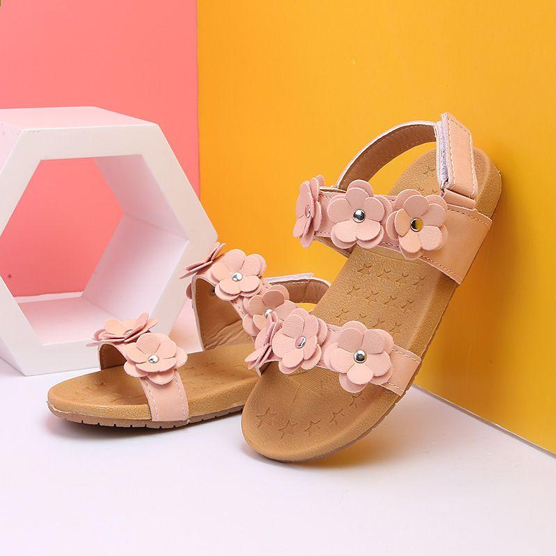 Dziewczyny Kwiaty Sandaly 2018 Nowa Letnia Wiosna Plaza Czysty Kolor Zwiezle Buty Kwiaty Ksiezniczka Buty Rozmiar 21 3 Palm Beach Sandals Beach Sandals Sandals
