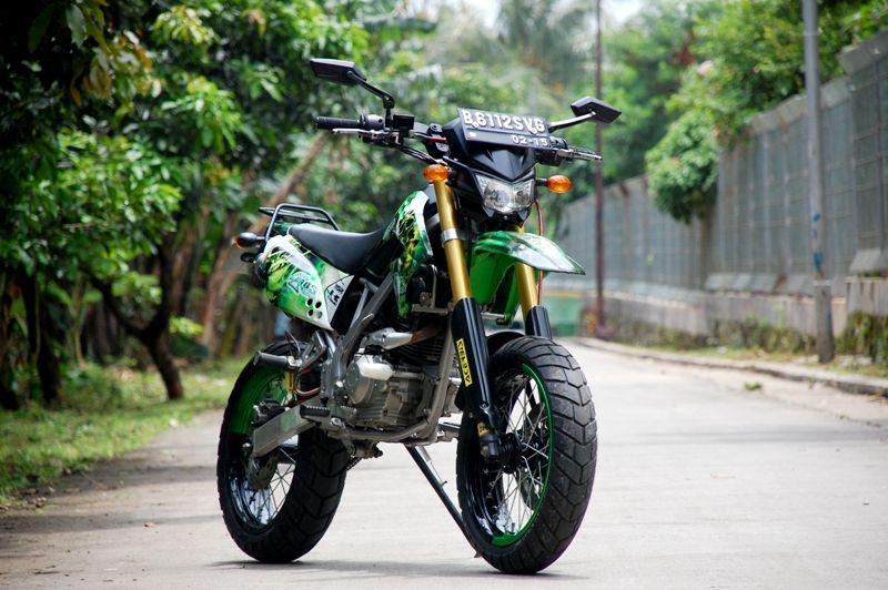 Supermoto Klx 150 Cc Https Twitter Com Yuningsih290 Status 787231087491555328 Supermoto Motorcross Bike Cool Dirt Bikes
