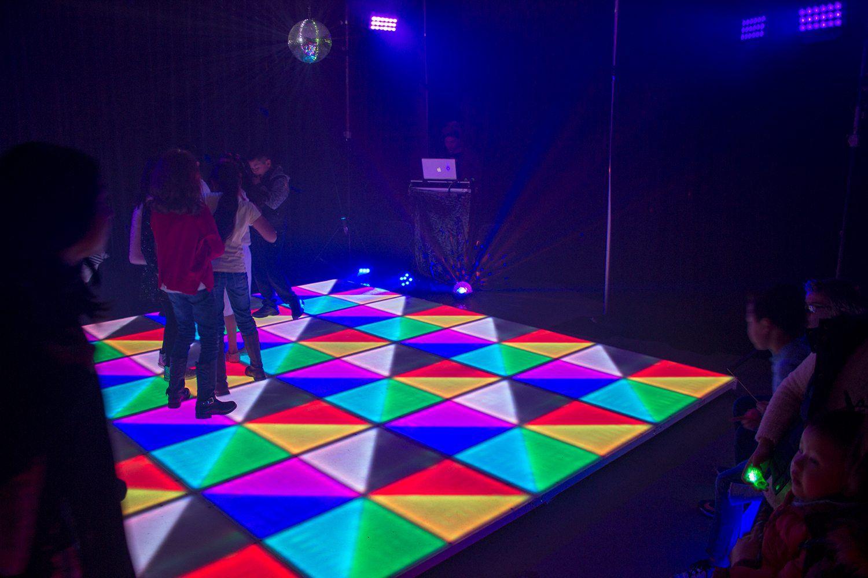 Illuminated Led Dance Floor Hire Feel Good Events Melbourne Led Dance Light Up Dance Floor Dance Floor