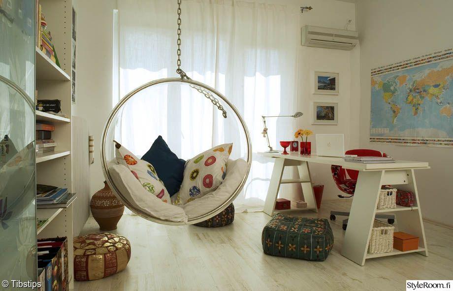 olohuone,eero aarnio,pallotuoli,läpinäkyvä,valoisa,värikäs,lukunurkkaus,raikas,retro