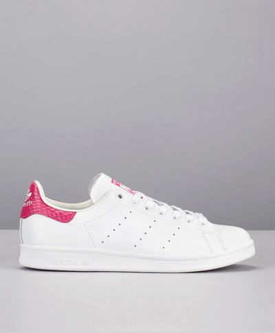 Baskets blanches détail rose Stan Smith Blanc Adidas Originals prix promo Baskets Femme Monshowroom 110.00 €
