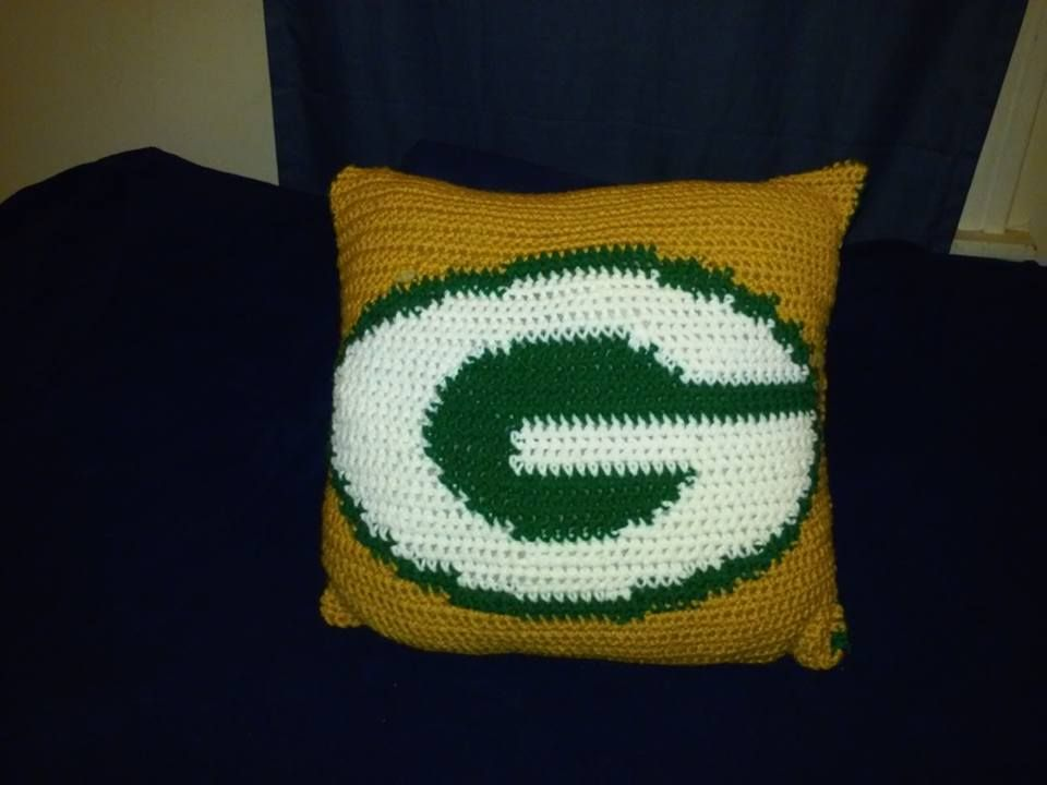 686b61b5bfe Green Bay Packers Pillow Crocheted Blankets