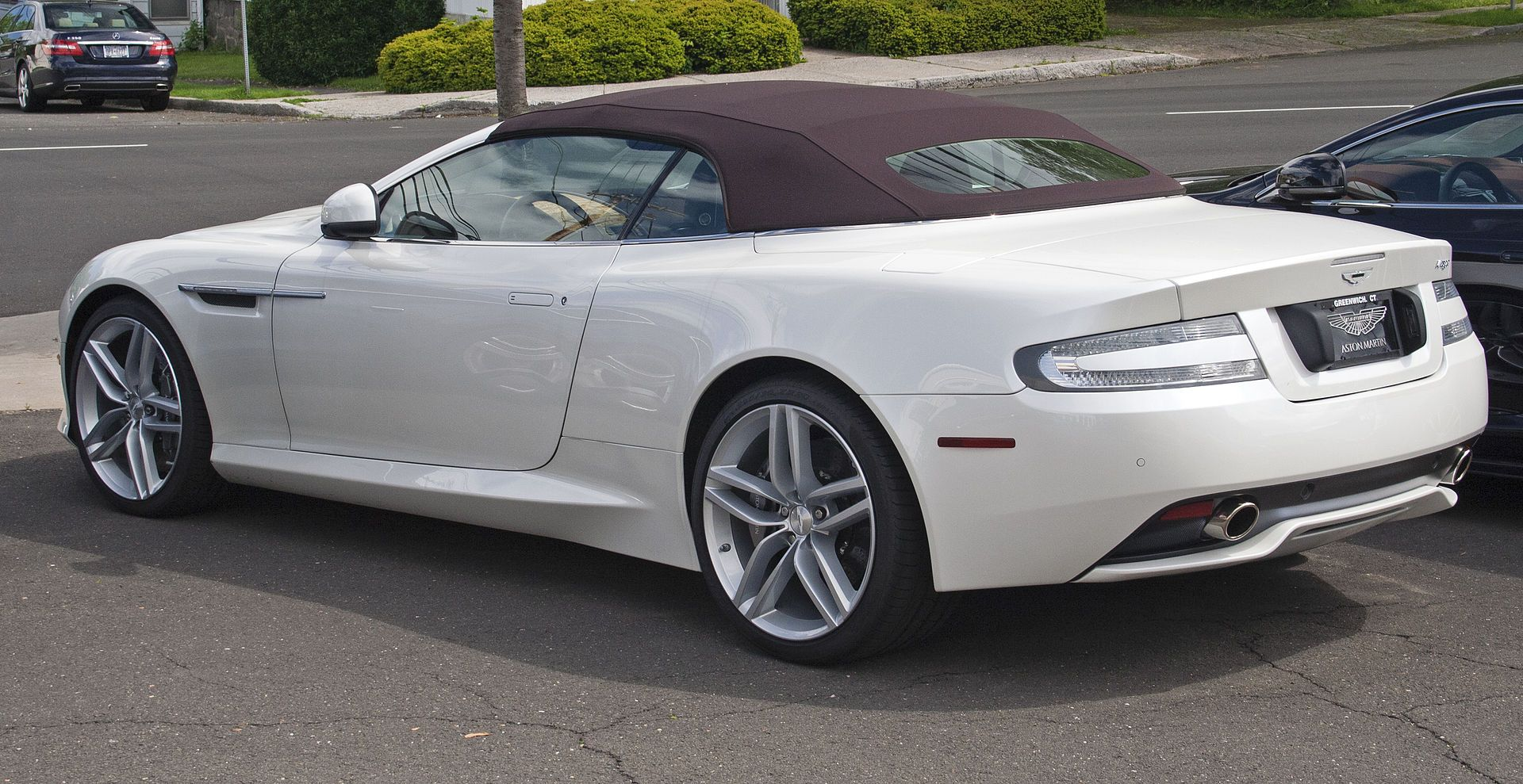 AM Virage Volante Rear Aston Martin Virage Wikipedia Boss - Aston martin virage coupe