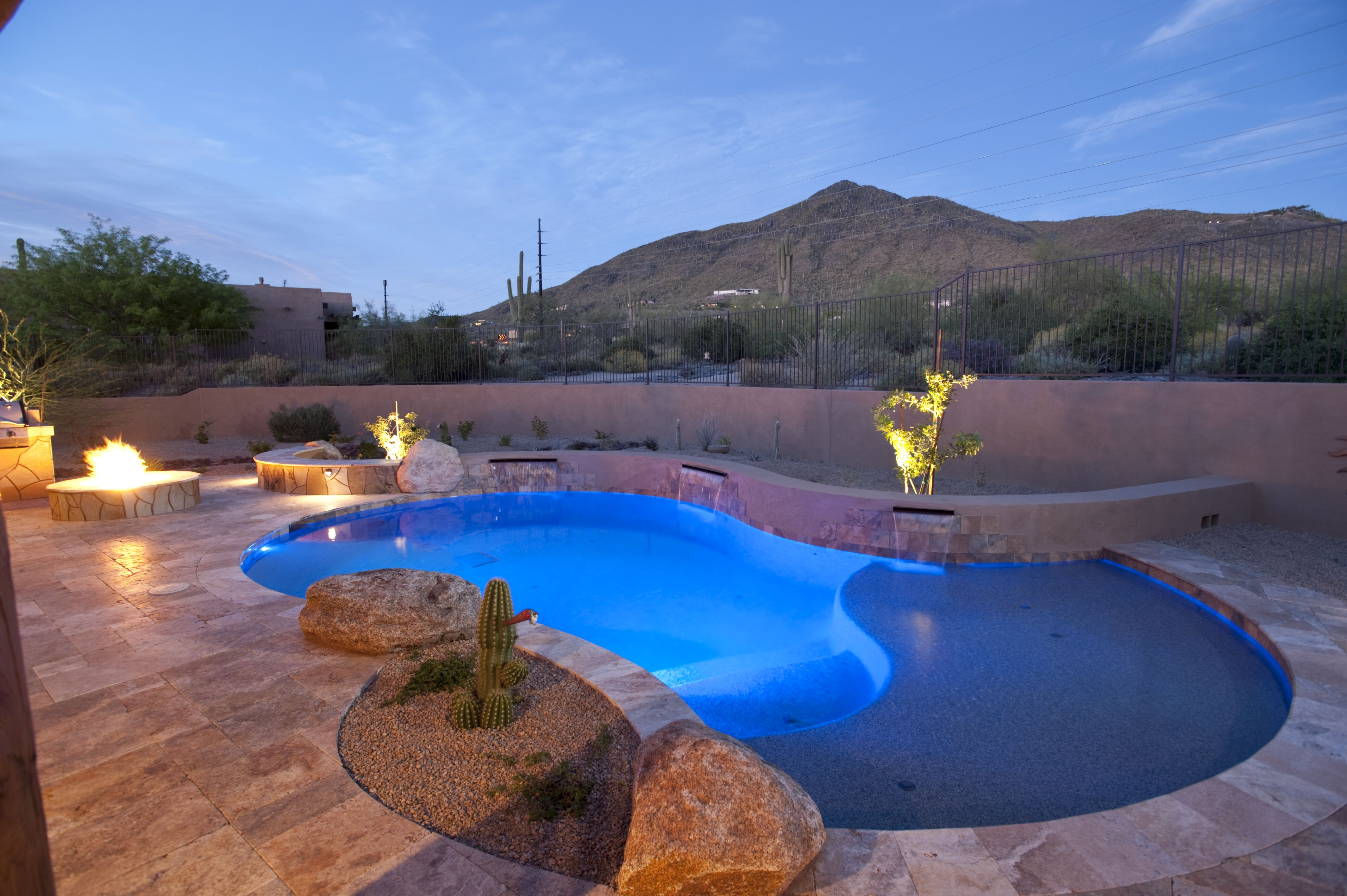 Lovely Incorporation Of A Pool With Fire Pits And Seating Walls California Pools Arizona Pools Backyard Pool