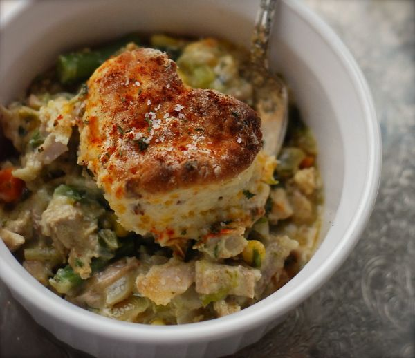 turkey bacon biscuit pot pie + why not to take photos in your kitchen at night   ChinDeep
