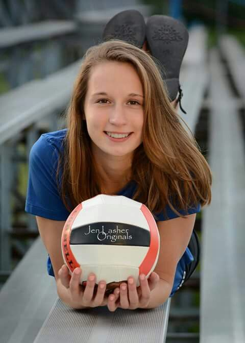 Senior portraits. Volleyball