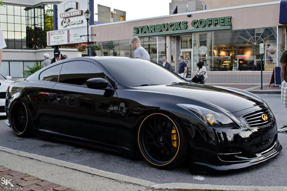 Blacked out G37 with air suspension Infiniti Pinterest