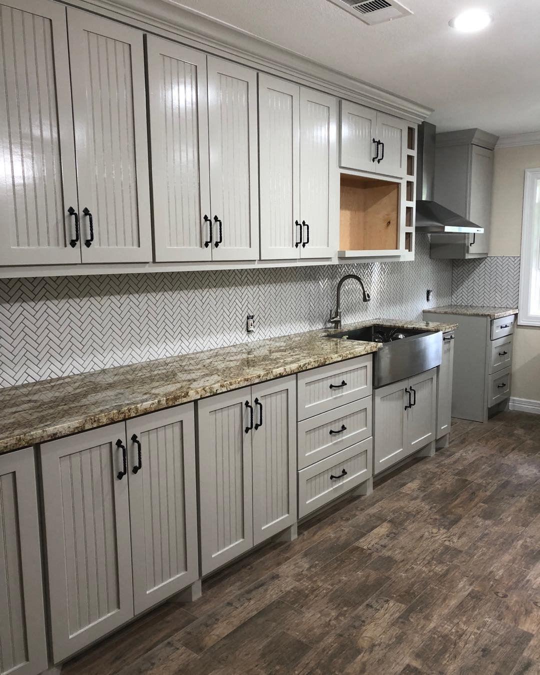 Colonnade Gray SW 7641 in kitchen | New kitchen, Kitchen ...