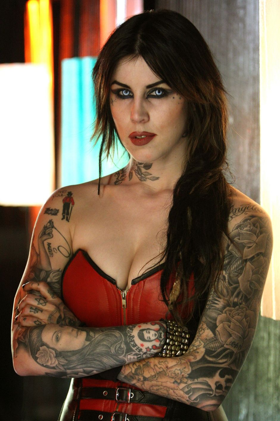 kat von d in the bleeding 2009 movie image tattoos pinterest kat von tattoo and tatting. Black Bedroom Furniture Sets. Home Design Ideas