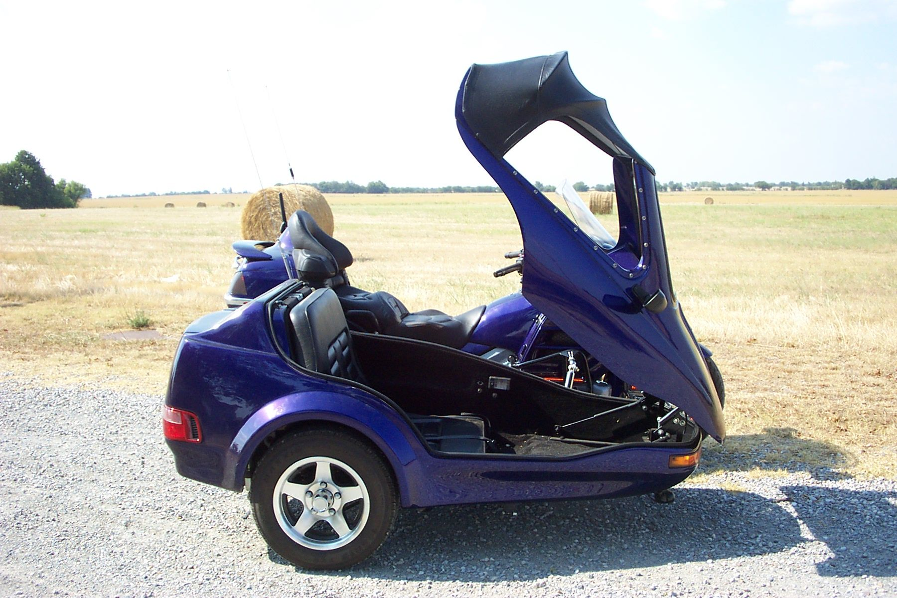 sidecar for Honda Goldwing 1800 | Wish List | Honda scooters, Honda