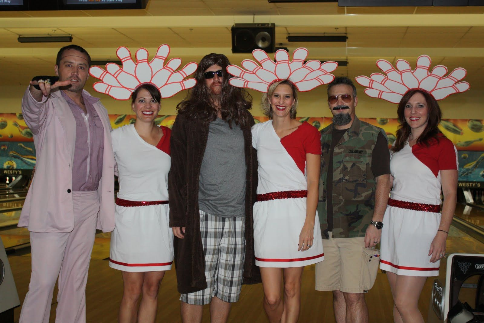 Dream sequence costumes in Big Lebowski. Halloween. Costume. Fest ...
