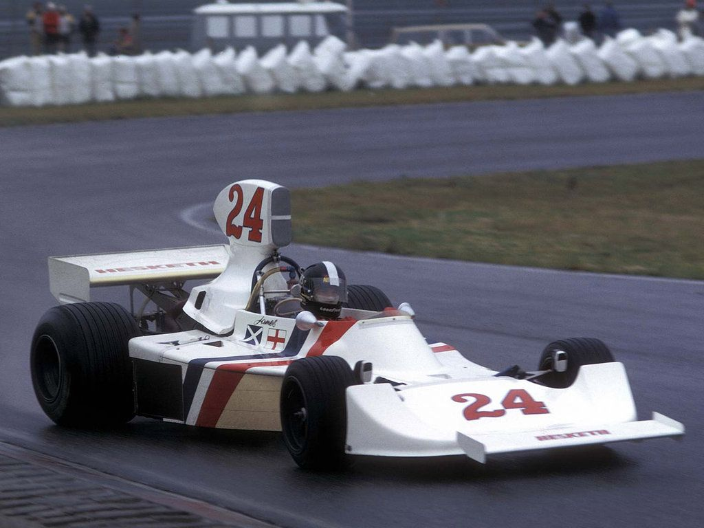 James Hunt (GBR) (Hesketh Racing), Hesketh 308B - Ford-Cosworth DFV 3.0 V8  1975