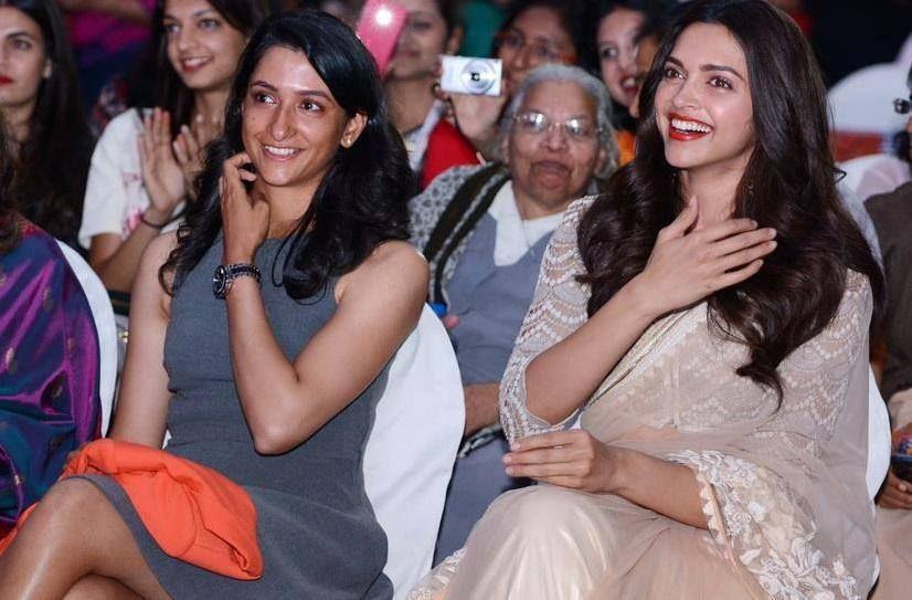 Deepika Padukone And Her Sister At Her School Function Deepika Padukone Style Deepika Padukone Bollywood Celebrities