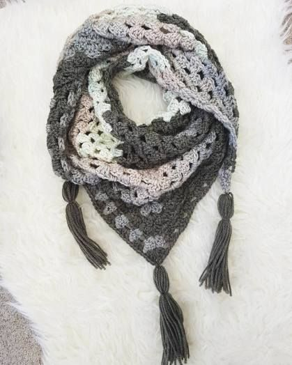 Granny Square Triangle Scarf Free Pattern Triangle Scarf Easy
