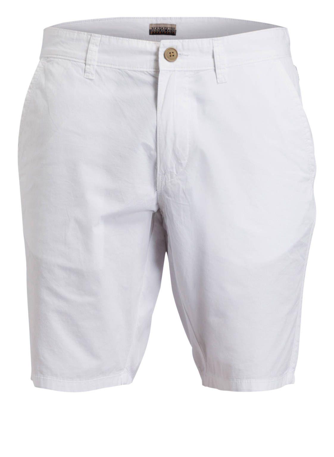 073e1edd71 #breuninger #magazin #sommer2019 #allisbeautiful #breuningermen  #mensfashion #lifesabeach #napapijri #chino #shorts