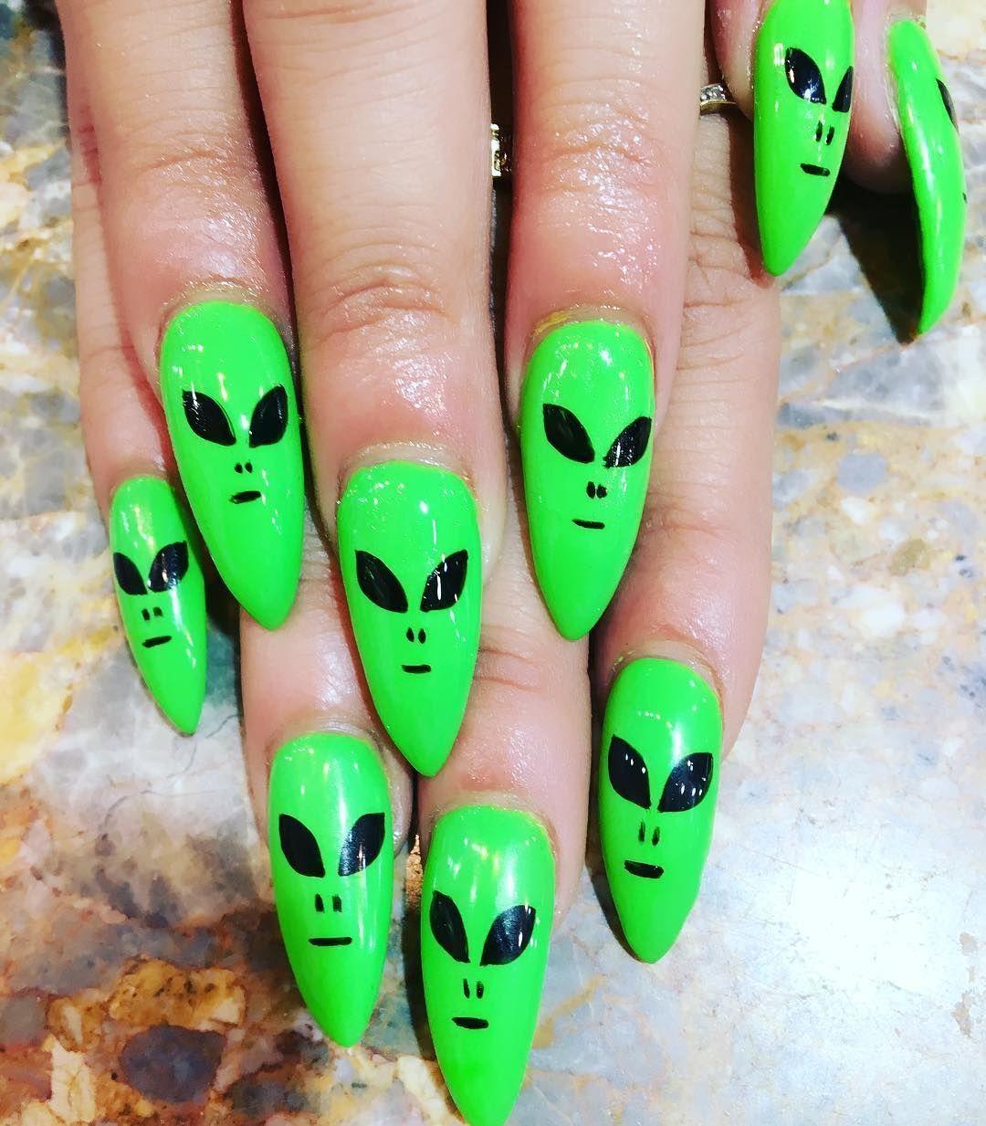 23 Alien Nail Art Design Ideas